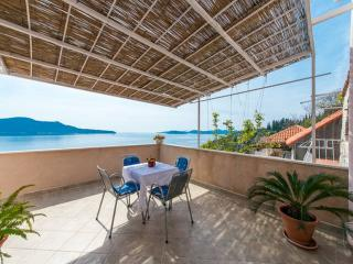 Apartment Nene Trsteno - Two Bedroom Apartment with Sea View - Trsteno vacation rentals