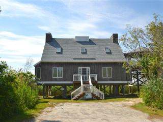 4 bedroom House with Internet Access in Chincoteague Island - Chincoteague Island vacation rentals