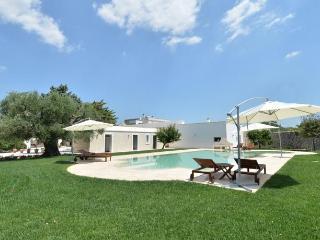 Villa Ulivo Masseria Il Mandorlo Fiorito - Ceglie Messapico vacation rentals