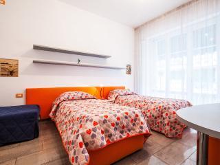 appartamento, finemente ristrutturato 15min centro - Florence vacation rentals