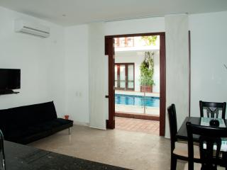 Wonderful 1 Bedroom in the Old City - Cartagena vacation rentals