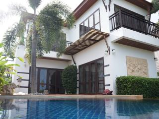 Pool Villa 3 bedroom in VIP Chain Resort - Phe vacation rentals