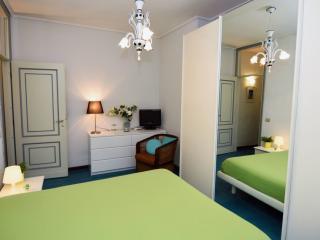 Casa Rita Sorrento city center - Sorrento vacation rentals
