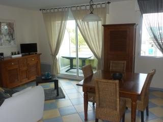 Lovely 2 bedroom Condo in Saint Gilles Croix de Vie - Saint Gilles Croix de Vie vacation rentals