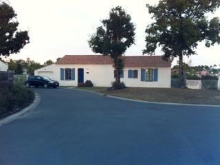 Villa Aigue-Marine 47 - Saint Gilles Croix de Vie vacation rentals