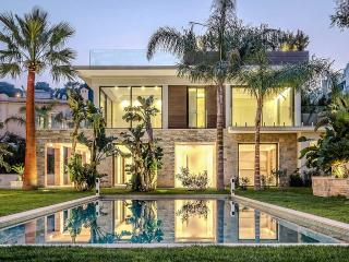 Nice Villa with Internet Access and Dishwasher - Saint-Jean-Cap-Ferrat vacation rentals