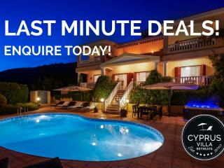 5* LUXURY VILLA, Private HEATED Pool, HOT-TUB,WiFi - Peyia vacation rentals
