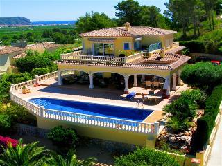 Panoramic Views in a 6 Bed villa Javea - Javea vacation rentals