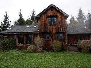 Fieldbrook Family Farmhouse – Beautiful Country Home - McKinleyville vacation rentals