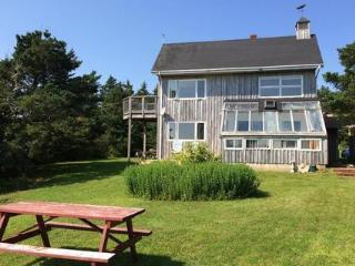 Bright 4 bedroom House in Nova Scotia with Deck - Nova Scotia vacation rentals