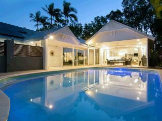 Beach Pavillions - 5 Bedrooms - Port Douglas vacation rentals