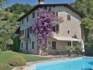 Wonderful 2 bedroom House in Garda - Garda vacation rentals