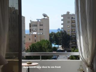 Attractive Modern 1 bed 'sleeps 4' - beach/WIFI - Limassol vacation rentals