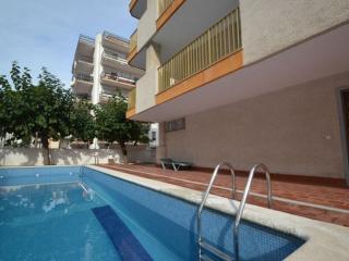 Cozy 2 bedroom Salou Apartment with Television - Salou vacation rentals