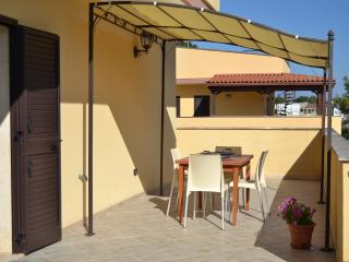 2 bedroom Townhouse with Deck in San Cataldo - San Cataldo vacation rentals