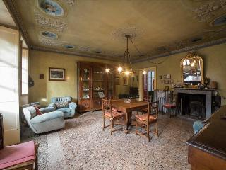 Perfect Isola Pescatori vacation Apartment with Television - Isola Pescatori vacation rentals