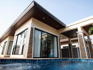 3 bedrooms private pool villa - Ao Nang vacation rentals