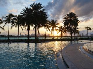 Amazing 2/2 with Breathtaking Bay Views - Miami Beach vacation rentals