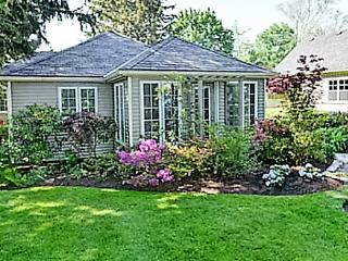 La Vignette, 3 bedrooms, 2 bath pet friendly!! - Niagara-on-the-Lake vacation rentals