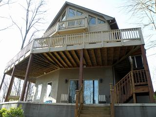 Cane Creek Cottage. Near  Clemson and mountains - West Union vacation rentals