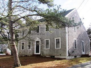 Nice 3 bedroom Chatham House with Internet Access - Chatham vacation rentals
