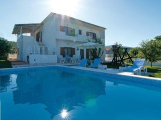 Comfortable House with Television and Balcony - Sinj vacation rentals
