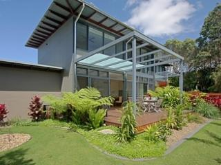 Beautiful House with Deck and Internet Access - Byron Bay vacation rentals