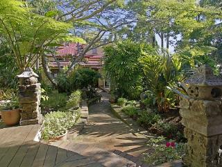 Longbourn on Massinger - Byron Bay vacation rentals