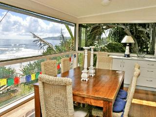 Perfect 3 bedroom Byron Bay House with Internet Access - Byron Bay vacation rentals