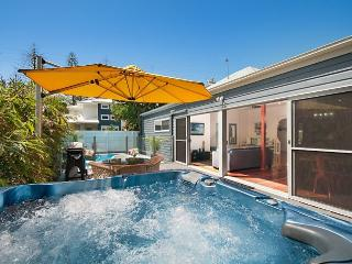 Charming 3 bedroom House in Byron Bay with Internet Access - Byron Bay vacation rentals