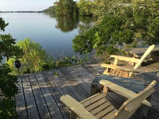 3 bedroom House with Deck in Woods Hole - Woods Hole vacation rentals