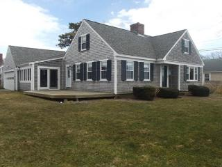 3 bedroom House with Deck in Falmouth - Falmouth vacation rentals