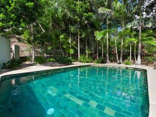 Comfortable 3 bedroom House in Byron Bay with Internet Access - Byron Bay vacation rentals