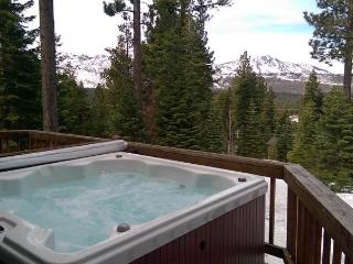 Perfect House with Internet Access and Garage - Echo Lake vacation rentals