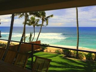 Vans Pipeline Manor - on amazing beach - Haleiwa vacation rentals