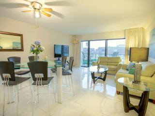 May = $600/week!!  Right Beside Cocoa Beach Pier! - Cocoa Beach vacation rentals