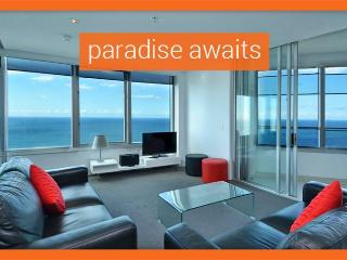 GCHR Apartment 4204 Apt 4204 - Level 42 Skyhome, 2BR Luxury Apt - Surfers Paradise vacation rentals