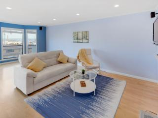 Beautiful, Bright apartment with Private Deck - San Francisco vacation rentals