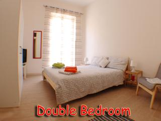 Bright Private room with Internet Access and A/C - Palermo vacation rentals