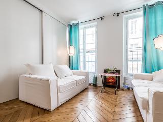 Charming Flat besides Eiffel Tower - Paris vacation rentals