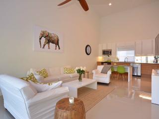 Deerfield Beach New Beautiful Beach House !!!!! - Deerfield Beach vacation rentals