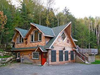 2 bedroom Chalet with Fireplace in Keene - Keene vacation rentals