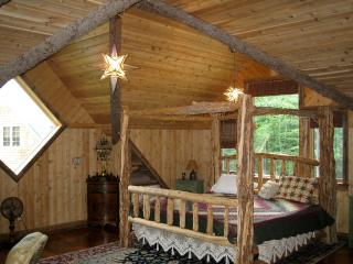 2 bedroom Chalet with Dishwasher in Keene - Keene vacation rentals