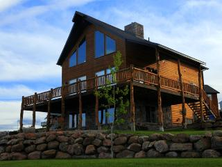 Beautiful Lodge with Internet Access and Wireless Internet - Garden City vacation rentals