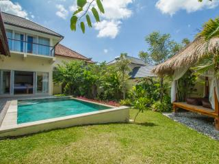 3BR modern balinese close to canggu beach - Canggu vacation rentals