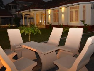 Cozy 3 bedroom House in Negombo with Washing Machine - Negombo vacation rentals