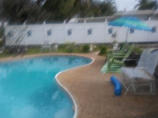 Beautiful 1 bedroom Pompano Beach House with Internet Access - Pompano Beach vacation rentals