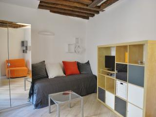 Great New Studio Heart of Marais - Paris vacation rentals