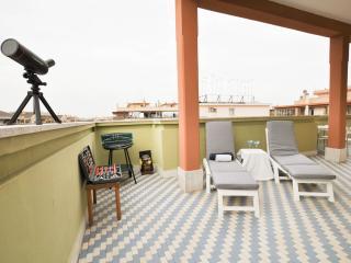 Appartamento SKYLINE - Lido di Ostia vacation rentals