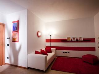 Nice House with Internet Access and Wireless Internet - Solto Collina vacation rentals